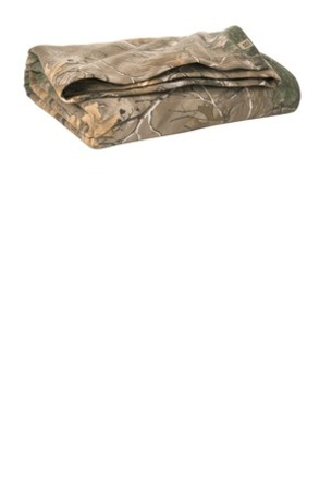 Russell Outdoors -  Realtree ®  Blanket. RO78BL